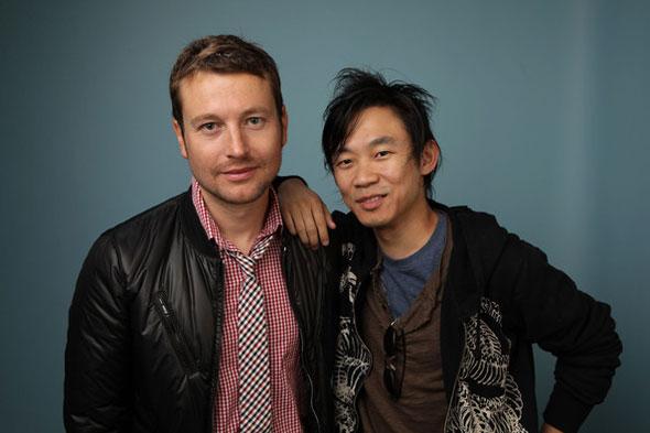 De derecha a izquierda ( Leigh Whanell y James Wan )
