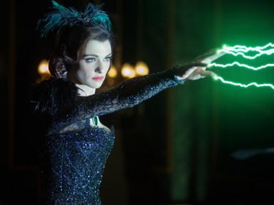 Oz: un mundo de fantasía. Rachel Weisz