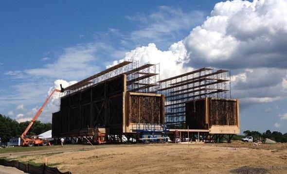 Construcción del Arca (subida a Twitter por D. Aronofsky)