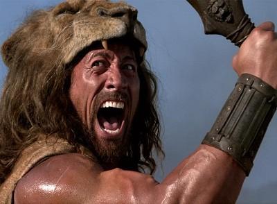 Dwyne Johnson pelea en 'Hércules'