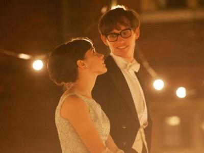 Eddie Redmayne y Felicity Jones en 'Theory of everything'