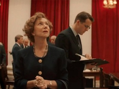 Helen Mirren y Ryan Reynolds en el film