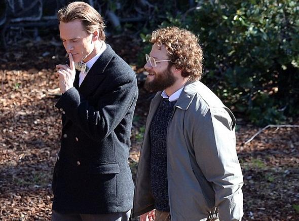 Michael Fassbender y Seth Rogen en el rodaje de 'Steve Jobs'
