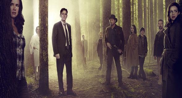 Nuevo tráiler para 'Wayward Pines', la extraña serie de M. Night ...
