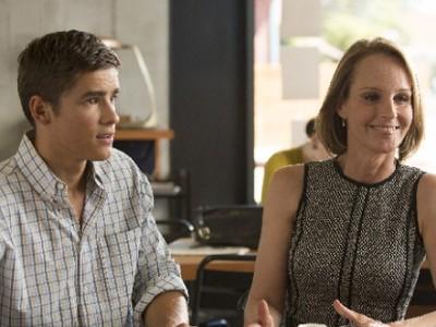 Helen Hunt y Brenton Thwaites protagonizan el film
