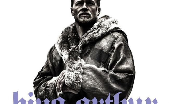 Rey Arturo: La leyenda de la espada destacada