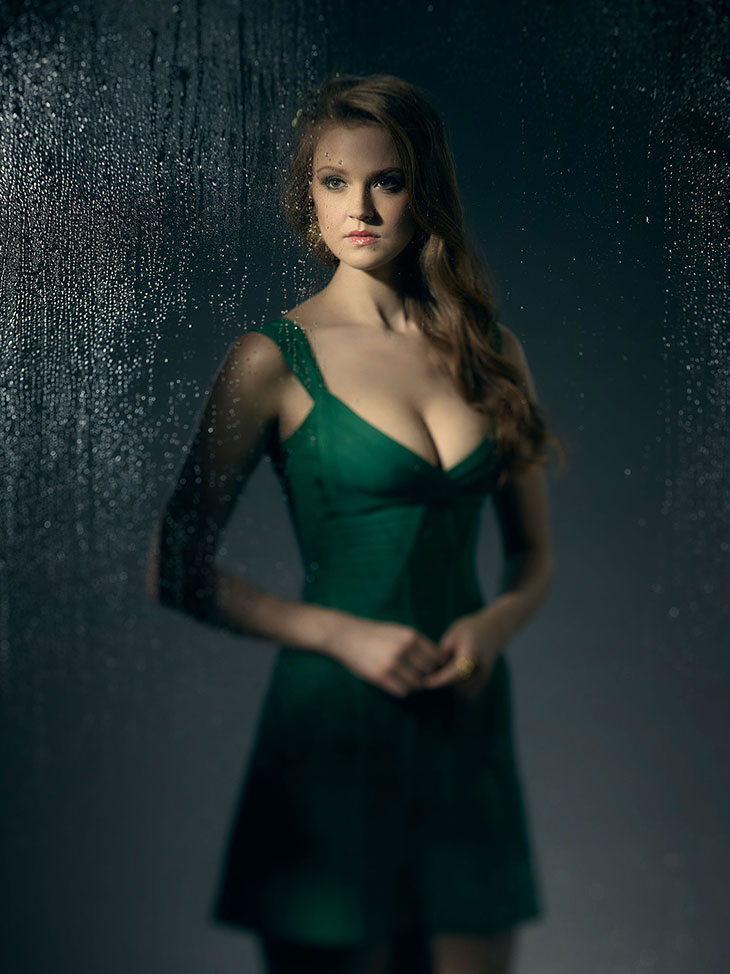 Maggie Geba como Poison Ivy en Gotham