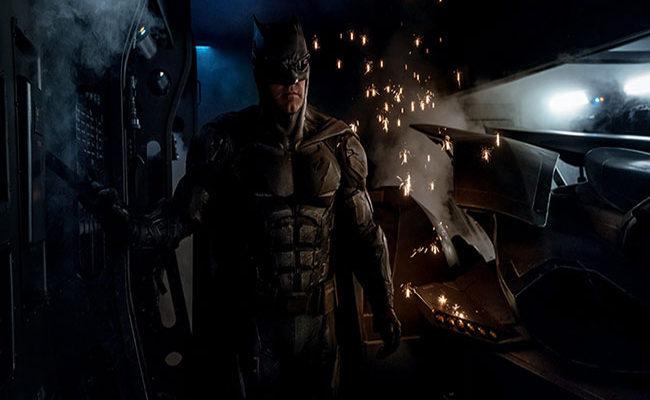 El traje táctico de Batman en 'Justice League' destacada