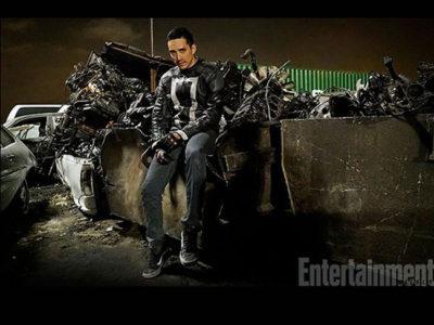 Gabriel Luna como Robbie Reyes destacada