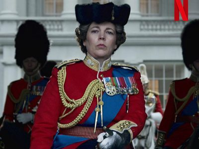 Olivia Colman en The Crown destacada