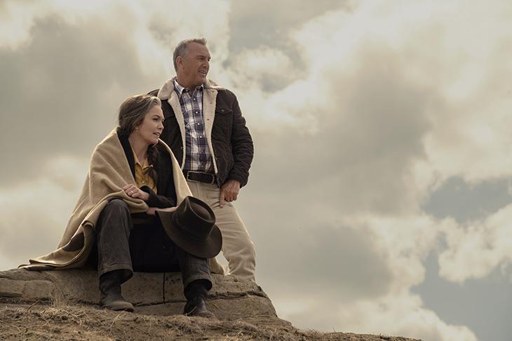 Diane Lane y Kevin Costner en una imagen de 'Uno de nosotros'